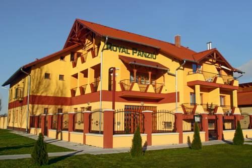 Hotel Royal Panzió Cserkeszőlő