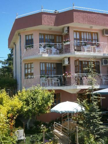 Jotina Guest House